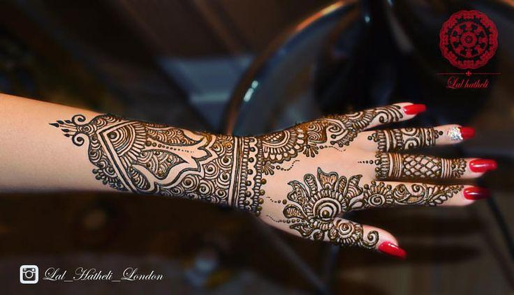 Henna art by @lal_hatheli_london on #instagram   #henna #mehndi #rednails #hennadesign #bride #asianbride #bridalhenna #london #londonlife #lal_hatheli #nailart #hennaart #jagua #naturalhenna #freshhenna #hennapaste #hennastain #mehendi #fashion #hand #asian #dulhan #dulha #shaadi #nikkah #mehndiparty #lehenga