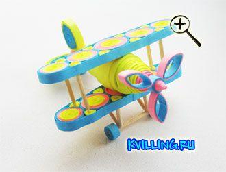 Самолет в технике квиллинг