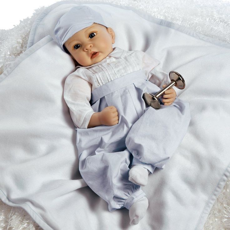 """Paradise Galleries Lifelike Realistic Soft Vinyl 22 inch Baby Boy Doll Gift """"Royal Baby Prince"""" Great to Reborn"""