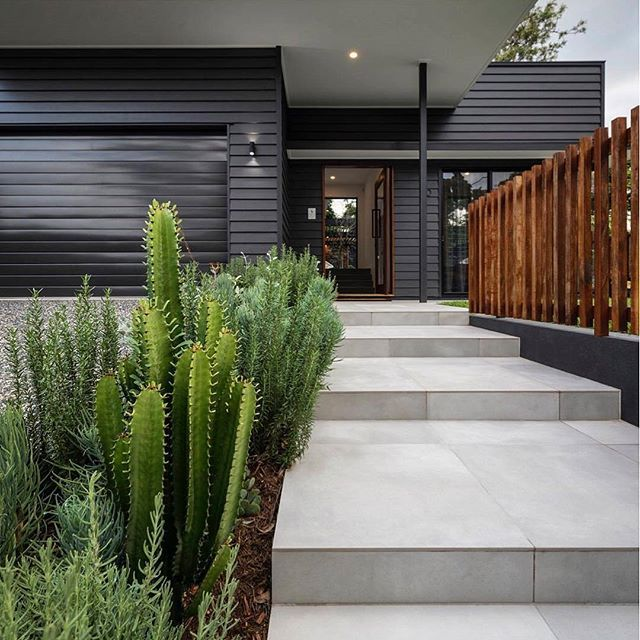 Another stunning use of Scyon Linea by Big House Little House. We love the mood it creates when painted black. #australianarchitecture #architecture #exterior #exteriordesign #scyonwalls