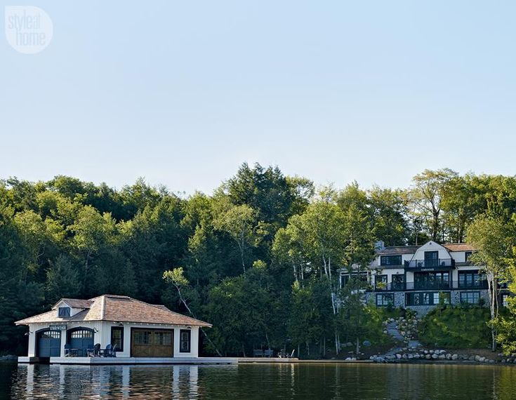 17 best images about muskoka living interiors on pinterest for Cottage designs ontario