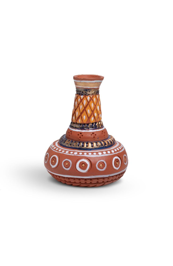 HAND PAINTED TERRA COTTA POT -  The material represents our ancient civilizations. It adds an elegant feel to your home décor.
