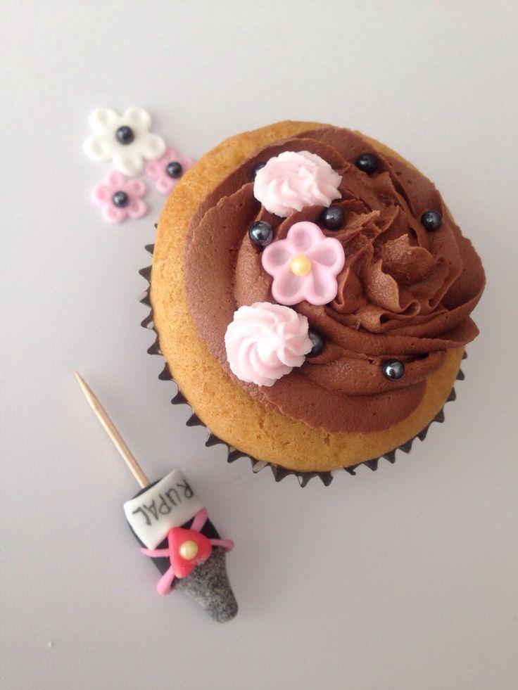 Cupcake for bridal shower