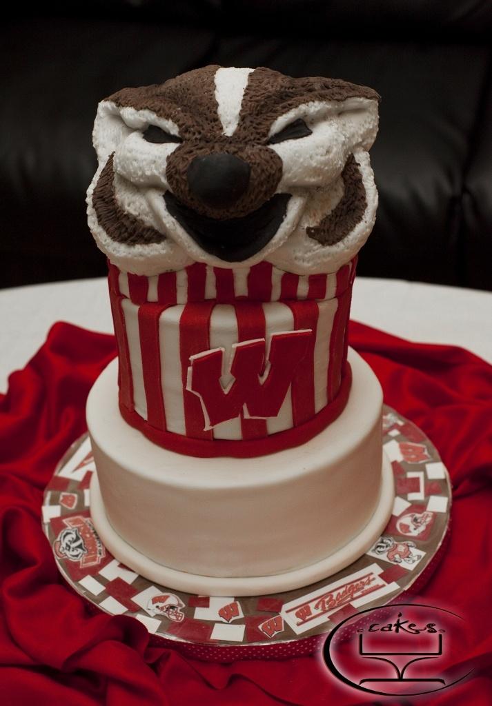 Decorating Ideas > Bucky Badger Cake #2  ╰☆╮UW  Madison ╰☆╮  Pinterest  ~ 222501_Birthday Party Ideas Madison Wi