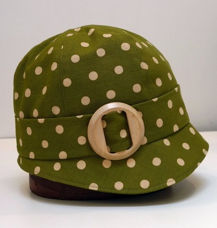 Cloche Hat - Olive Polka Dot Linen with Vintage Wooden Buckle: by Bonnie's Knitting