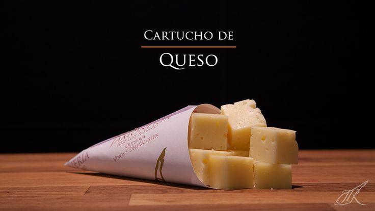 Manchego Cheese Gourmet Cone. Jamonería José Luis Romero. Seville, Spain. // Cartucho de Queso Manchego. Sevilla, España.