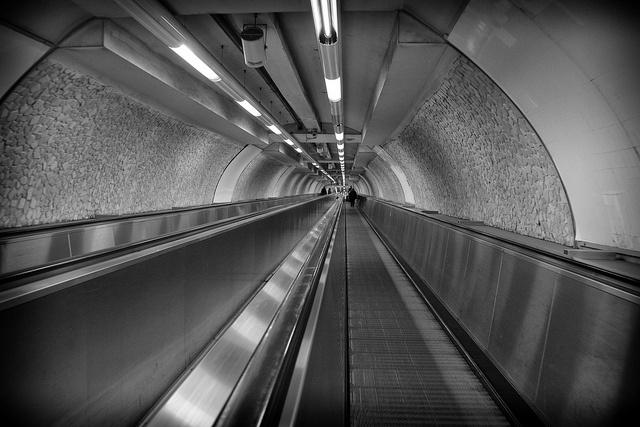 Carmelo Vella - Metro, Roma, 2012-03-14, via Flickr
