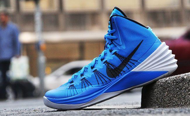 new concept f27f1 89122 Nike Hyperdunk 2013   Photo Blue Wolf Grey