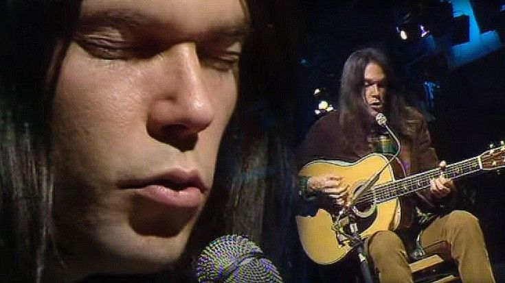 "26-Year-Old Neil Young Performs ""Old Man,"" And It's Absolutely Breathtaking 
