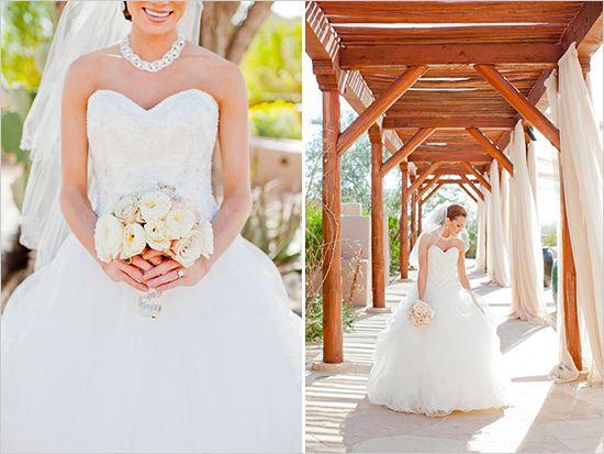 white wedding bouquet #Wedding http://elysehall.com/