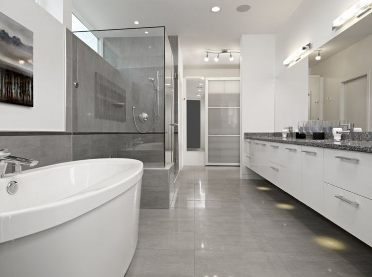 Simple Contemporary House With Well Organized Interior: Bright Modern Grey  Bathroom Contemporary Summit House