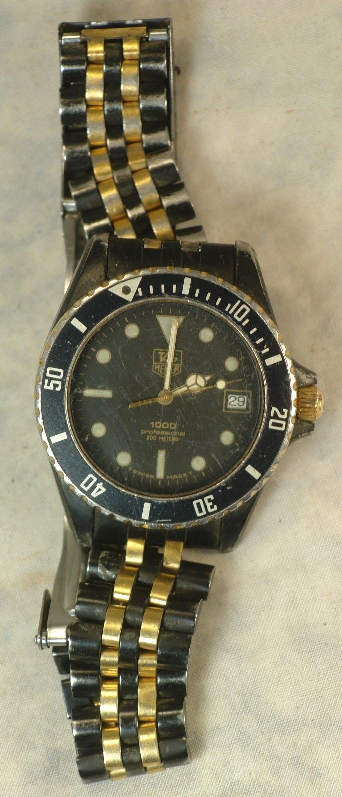 Vintage Mens Tag Heuer 1000 Professional 200M # 980.029N New Battery 7 Jewel