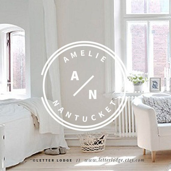 Modern Logo / White Circle Wreath Minimal Logo by LetterLodge