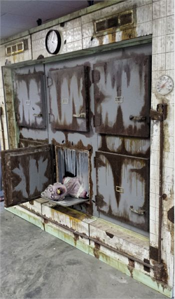 472 best images about insane asylum hospital haunt ideas for Haunted house scene ideas