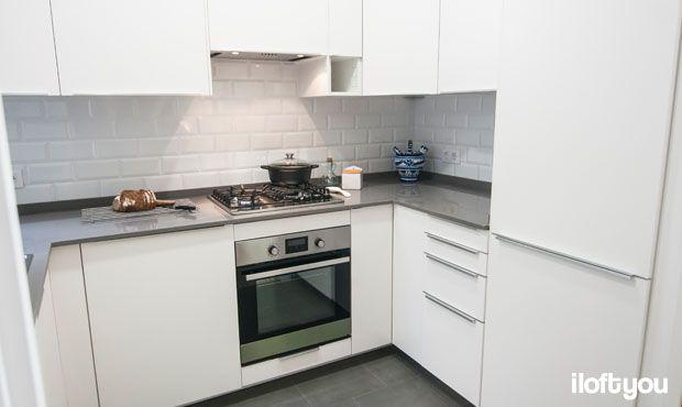 #proyectorossello #iloftyou #interiordesign #barcelona #lowcost #catalunya #después #kitchen #cocina #veddinge #blankett #metrotiles #baldosametro