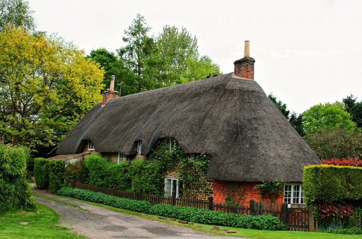 Sweet Home, Calne Town, Wiltshire, Southwestern England
