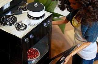 How to make dollhouse furniture from recycled materials....wish I would have found this a month ago!!