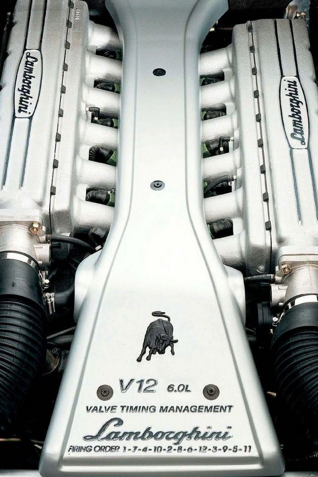 #SouthwestEngines Check out the new Lamborghini V-12  One of the most 5 successful engines ever built