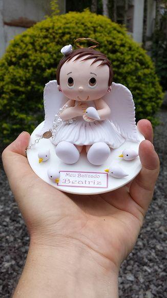 Topo de bolo para Batizado de menina, com Anjinha de vestido branco, tercinho e…