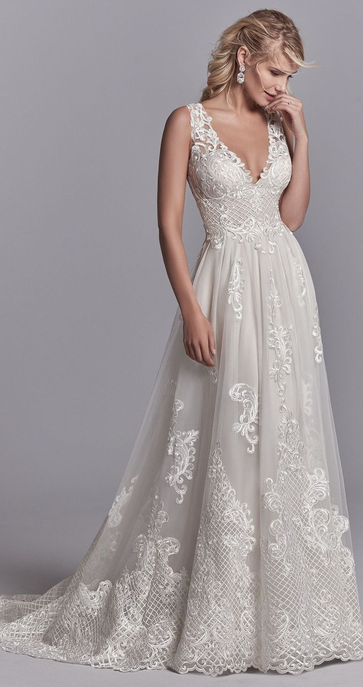 Oliver by Sottero and MIdgley for a relaxed yet sophisticated vibe.