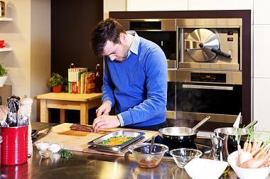Rollade van Mechelse koekoek met risotto (bekijk video) - Njam Tv !