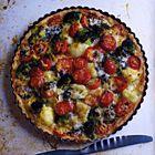 Hartige taart met broccoli en bloemkool en blauwe kaas - recept - okoko recepten