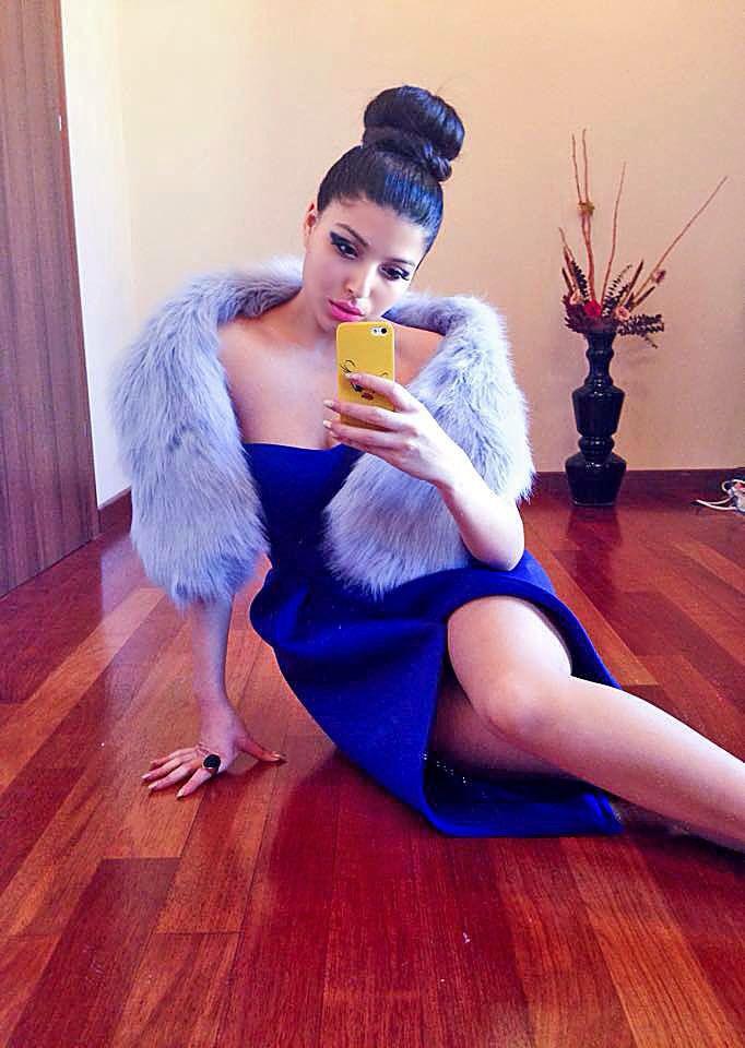 Elegance.... Follow me on instagram @kristinazavarski