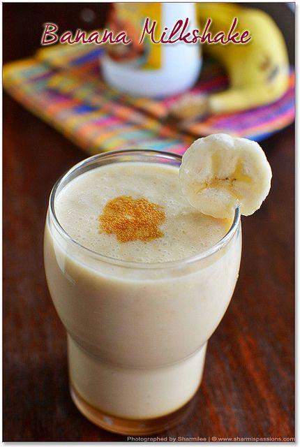 een gezonde bananenmilkshake: magere melk met banaan en blenden
