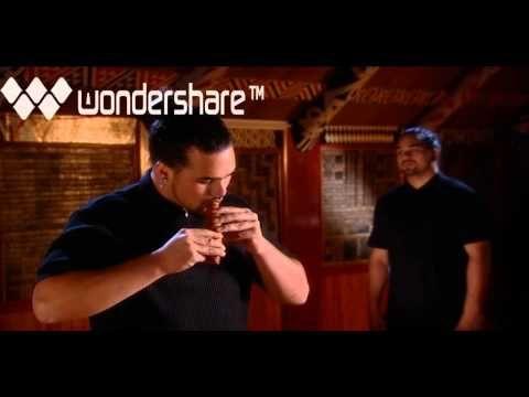 ▶ Horomona Horo demonstrates the Koauau - YouTube