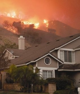 Large fires in the western U.S. — such as those currently raging in Colorado and New Mexico – may be part of a shifting pattern of wildfire risk brought on by climate change, according to a study led by researchers at UC Berkeley.