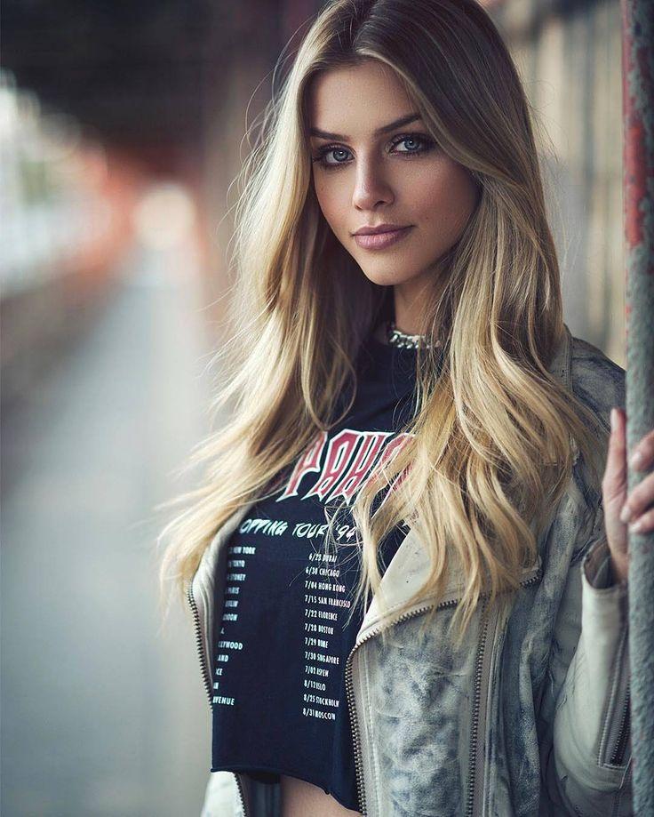 美女画像倉庫は世界中の美女画像を集めたサイトです #美女 #美人 #model #モデル #メイク #ファッション#beauties . 現在の画像数は3480画像 https://goo.gl/tmSwFW