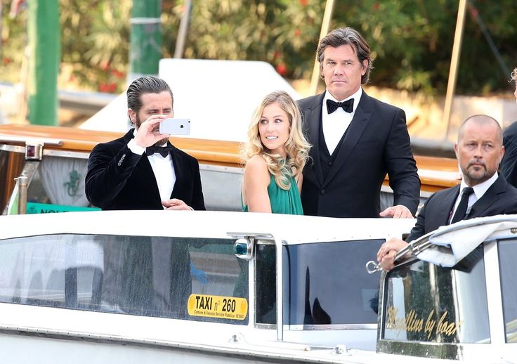 Jake Gyllenhaal and Josh Brolin Have Their Own Photoshoot at the Venice Film Festival, and It's Hilarious