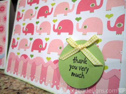 DIY Baby Shower Gift: Set of handmade thank you cards for the mom to be