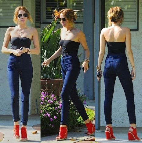say what you want about her but her trainer is amazing