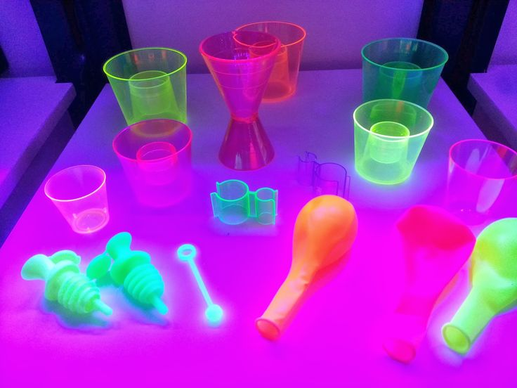 Glow In The Dark Party Supplies GLOW PARTY NEON Products Wholesale