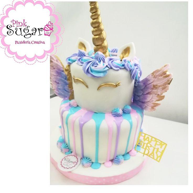 Torta unicornio en fondant con alas Unicorn cake with Wings en fondant