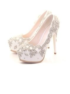 Women's Real Leather Stiletto Heel Closed Toe Pumps With Rhinestone (047078020)