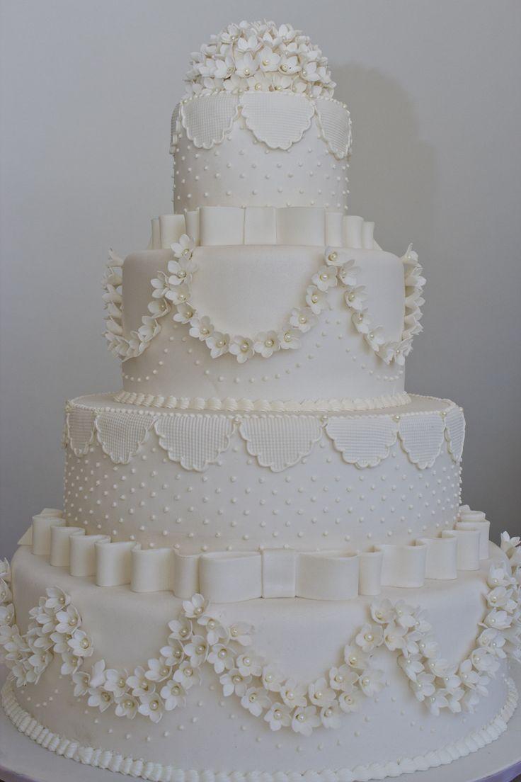 Danielle Andrade :: Sweet  Cake
