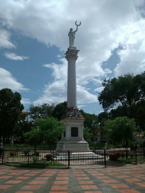 Cucuta, Colombia  También estamos en  https://twitter.com/CanalLopezSAS