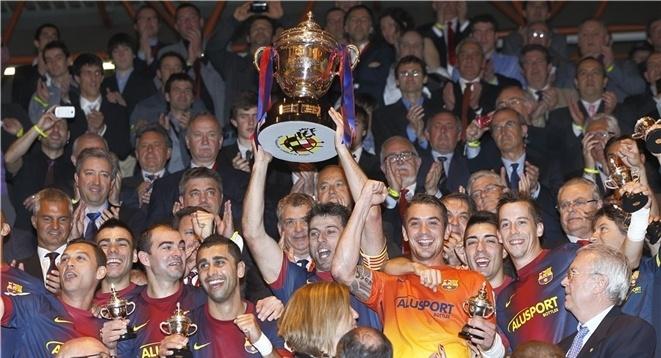 El FC Barceona Alusport se proclama campeón de la Copa del Rey por tercera vez, en una final contra el Pozo Murcia FS celebrada en Irún http://www.lnfs.es/noticias/primera-division/Barcelona-campeon-Copa-ante-60494052013.html