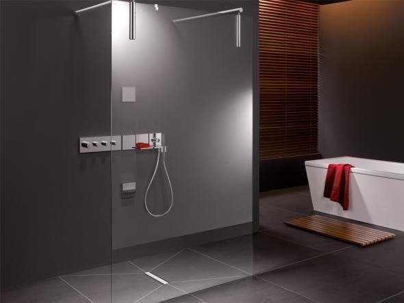 ber ideen zu walk in dusche auf pinterest regenbrause duschrinne und dusche schiebet r. Black Bedroom Furniture Sets. Home Design Ideas