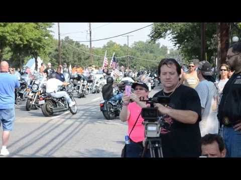 Hells Angels leave 2 million bikers to DC ride
