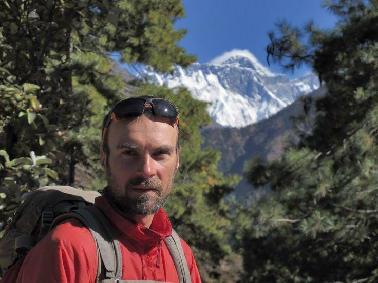 Ionuţ Ştefănescu este unul dintre cei mai importanţi şi cel mai în formă alpinisti din judeţul Neamţ, din ultimii ani, care se poate mândri cu multe ascensiuni reuşite, pe vârfuri din Europa, Asia sau Africa