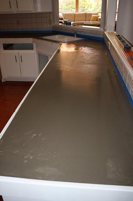 Quick install concrete countertops ... hmm, interesting.