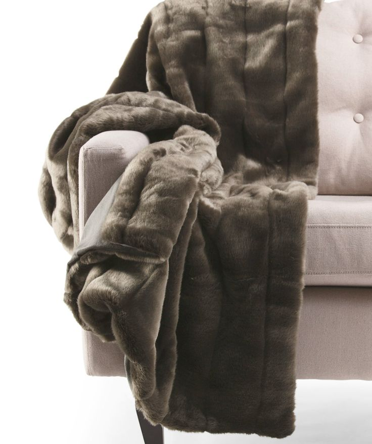 1000 Images About Fur Blanket On Pinterest: 1000+ Images About Luxurious Throws And Pillows On