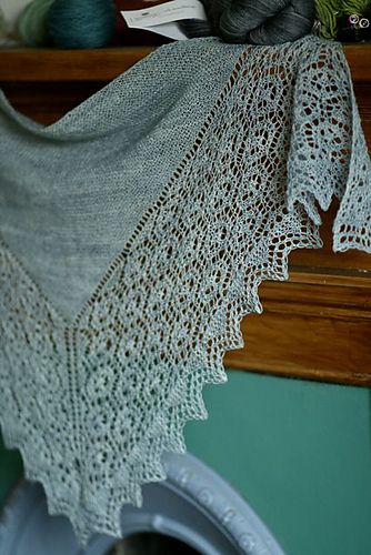 Ravelry: Flukra pattern by Gudrun Johnston-- Shetland Trader has designed my favorite shawls