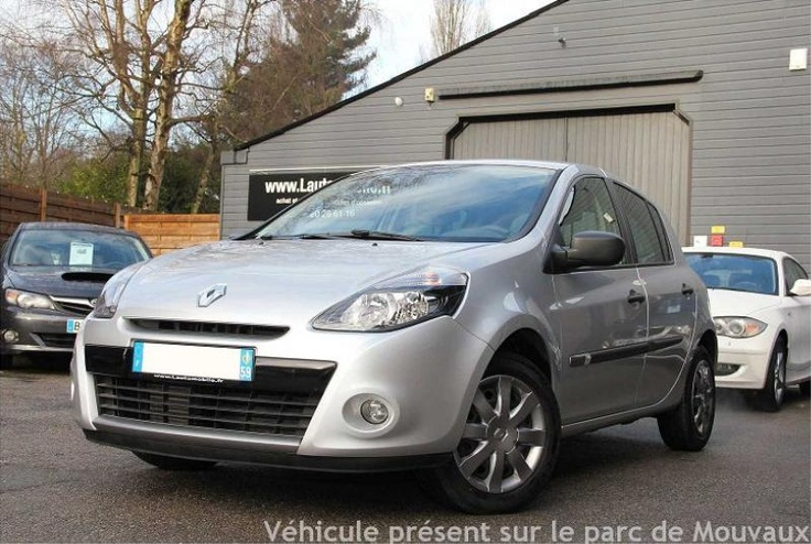 RENAULT CLIO III (2) 1.5 DCI 70 NIGHT & DAY 5P