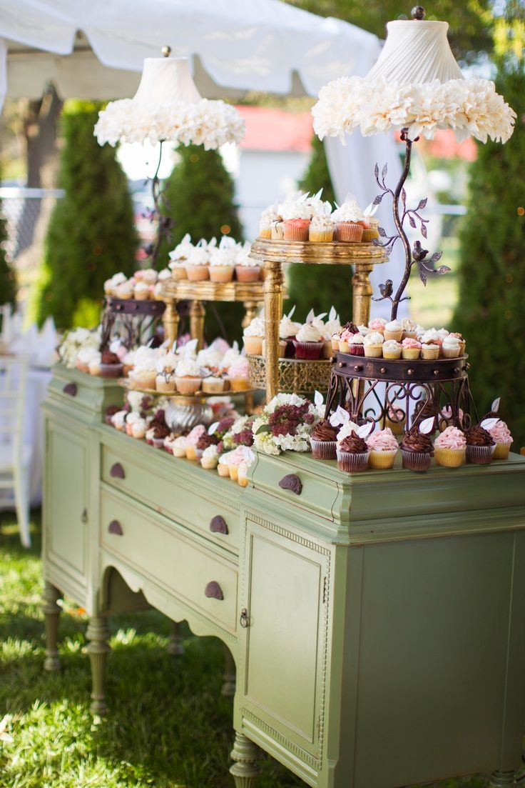 Barn wedding cake table ideas   best Glorious Events images on Pinterest  Candy table Weddings