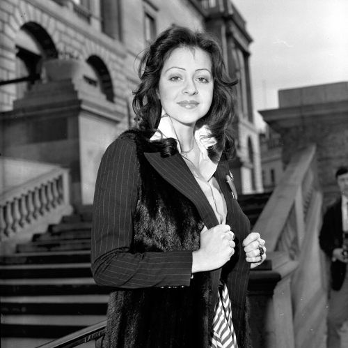 """Vicky Leandros. winner of the Eurovision Song Contest 1972 with the song """"Après toi"""" for Luxembourg, during a photo-session in Edinburgh"""