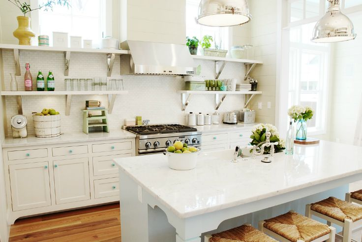 so pretty- whit kitchen - Urban Grace interiors